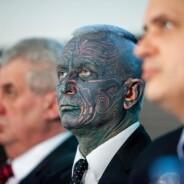 No Brasil, STF decide se tatuado pode ser servidor; na Europa, este homem disputou a Presidência